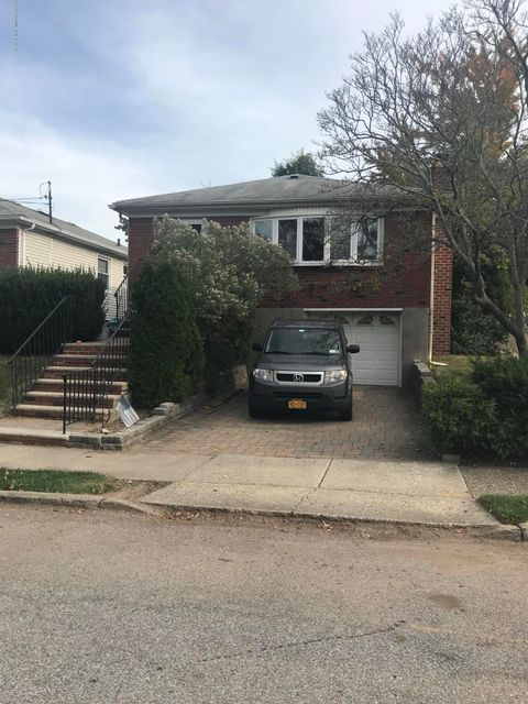 Single Family - Detached in Annadale - 158 Vineland Avenue  Staten Island, NY 10312