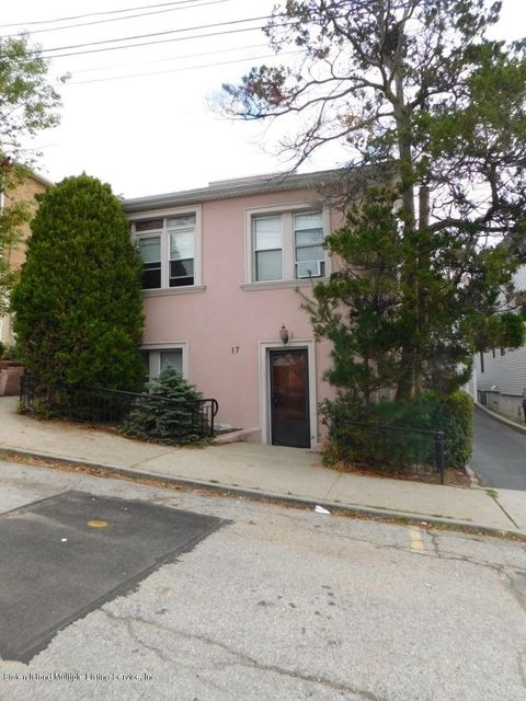 Single Family Home for Rent at 17 Hickory Avenue Staten Island, 10305 United States