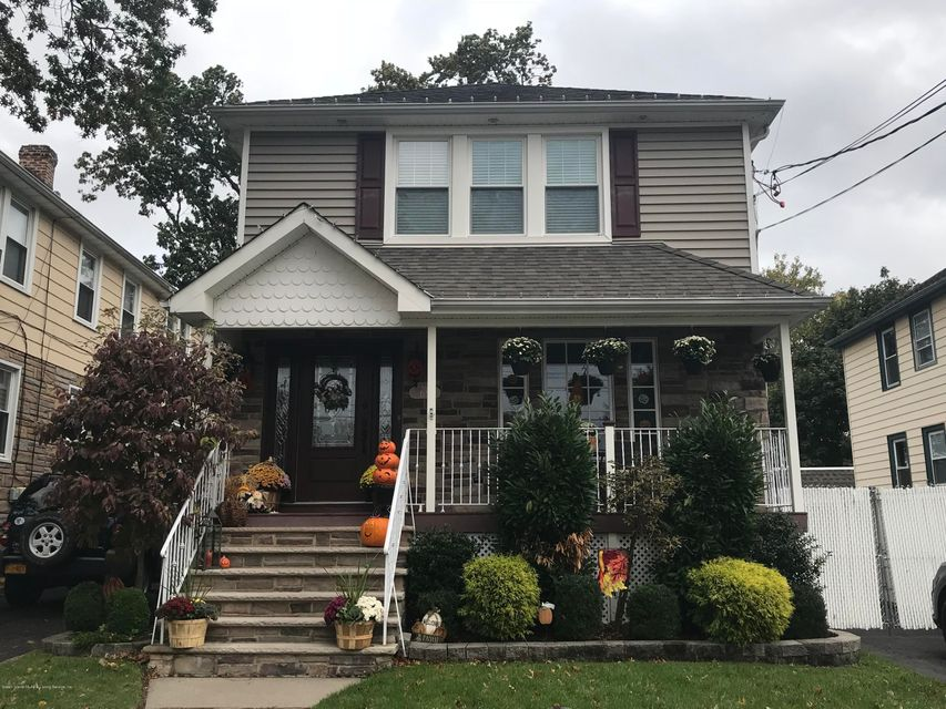 Single Family Home for Sale at 65 Chelsea Street Staten Island, New York 10307 United States