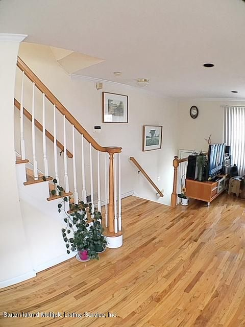 Additional photo for property listing at 45 Essex Drive  Staten Island, New York 10314 United States