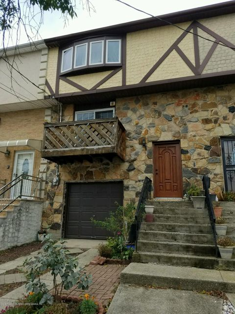 Single Family Home for Sale at 145 Cedar Grove Avenue Staten Island, New York 10306 United States
