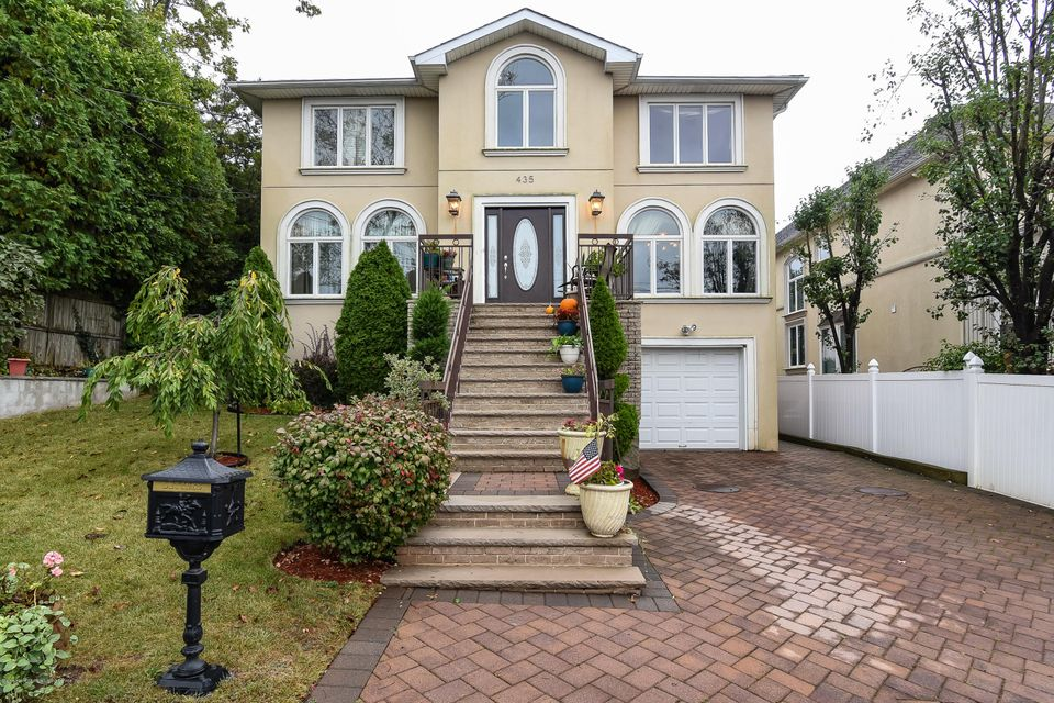 Two Family - Detached 435 Bertram Avenue  Staten Island, NY 10312, MLS-1114672-42