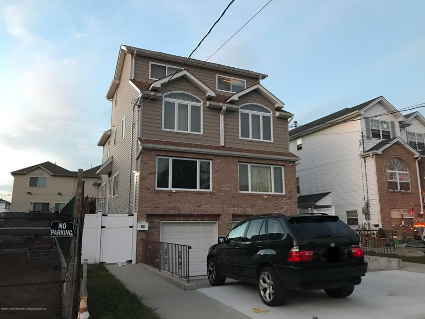 Single Family Home for Sale at 85 Nugent Avenue Staten Island, New York 10305 United States
