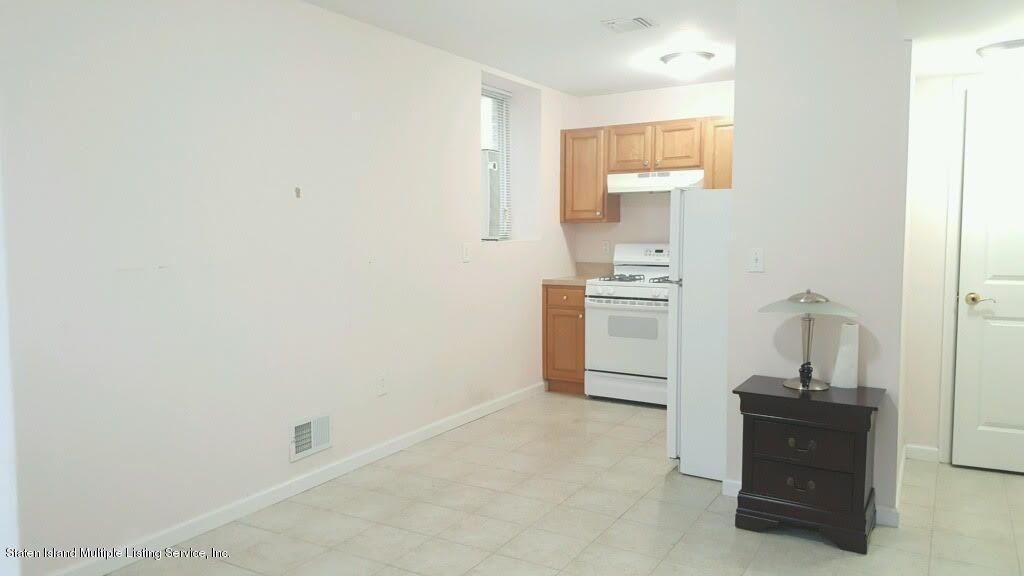 Single Family Home for Rent at 27 Cambria Street Staten Island, New York 10305 United States