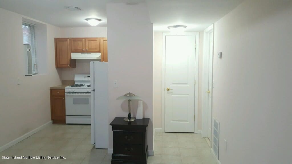Additional photo for property listing at 27 Cambria Street  Staten Island, New York 10305 United States
