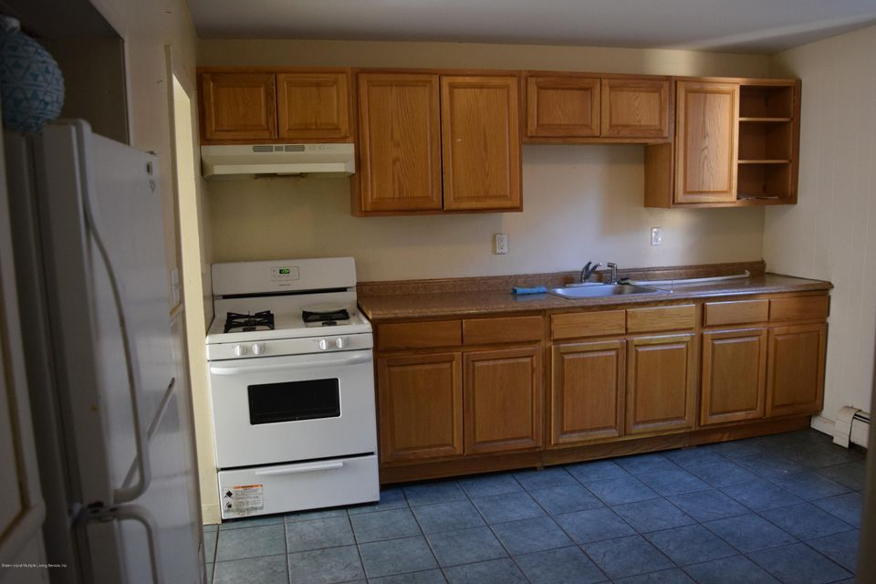 Two Family - Detached 28 Hett Avenue  Staten Island, NY 10306, MLS-1114705-2