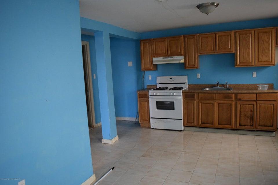 Two Family - Detached 28 Hett Avenue  Staten Island, NY 10306, MLS-1114705-18