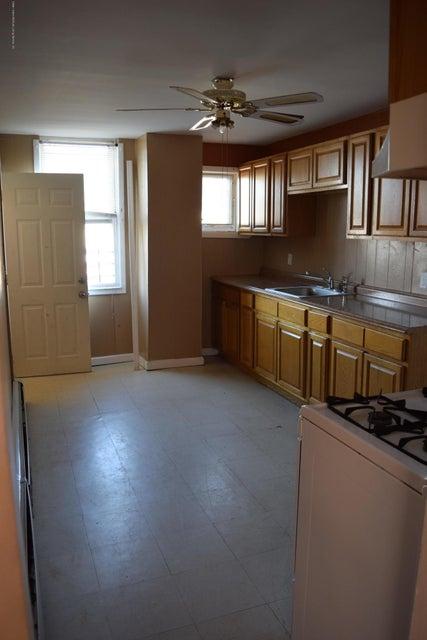 Two Family - Detached 28 Hett Avenue  Staten Island, NY 10306, MLS-1114705-9