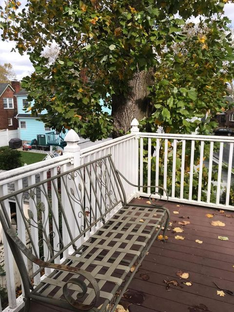 Single Family - Detached 69 Locust Avenue  Staten Island, NY 10306, MLS-1112578-24