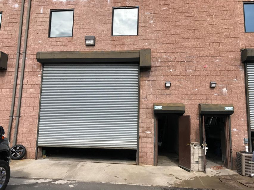 32 Carlin Street,Staten Island,New York 10309,Commercial,Carlin,1114721