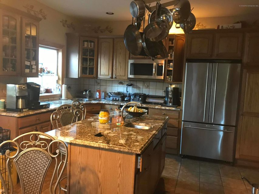 Additional photo for property listing at 59 Fairway Lane  Staten Island, New York 10301 United States