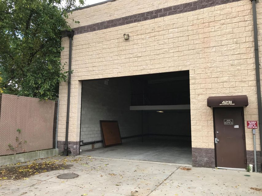 Commercial for Rent at 4231 Arthur Kill Road Staten Island, New York 10309 United States
