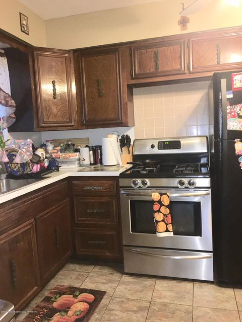 Additional photo for property listing at 300 Hillman Avenue  Staten Island, New York 10314 United States