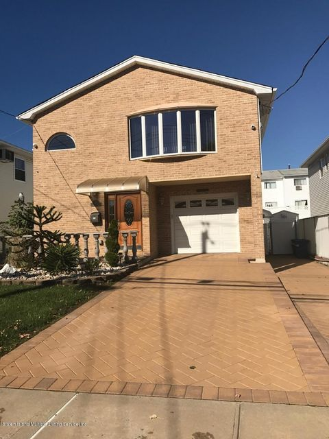 Single Family Home for Sale at 497 Genesee Avenue Staten Island, New York 10312 United States