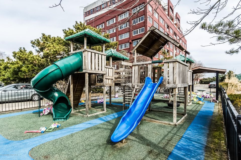 Additional photo for property listing at 80 Bay St Landing  Staten Island, New York 10301 United States