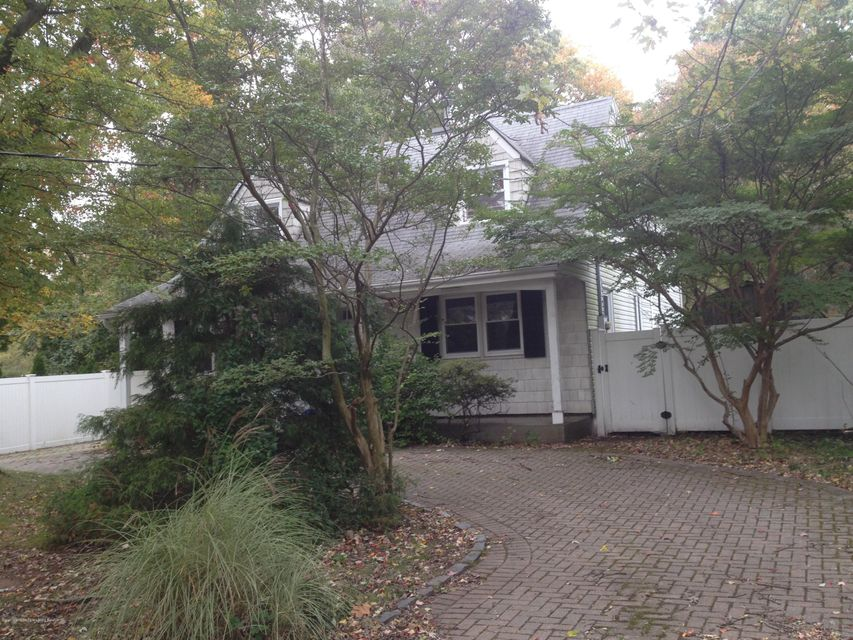 Single Family - Detached 3625 Richmond Road  Staten Island, NY 10306, MLS-1114782-2