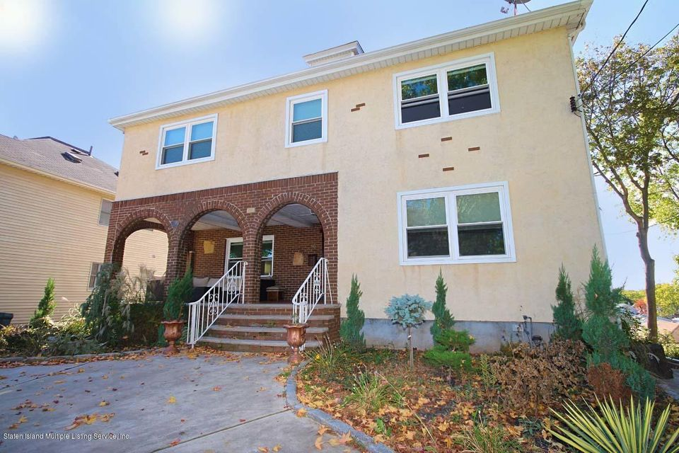 Single Family Home for Sale at 86 Bishop Street Staten Island, New York 10306 United States