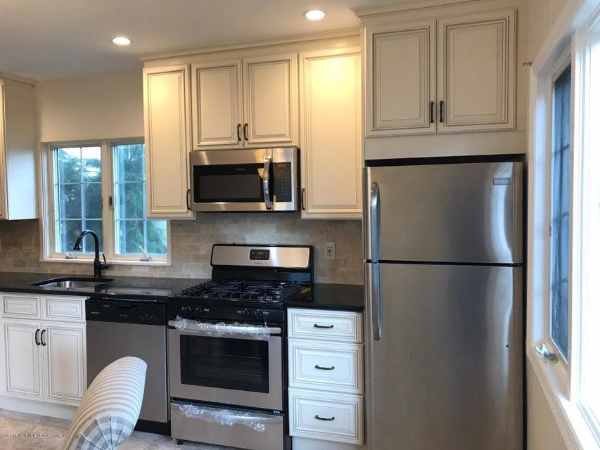 Single Family - Detached 69 Locust Avenue  Staten Island, NY 10306, MLS-1112578-7