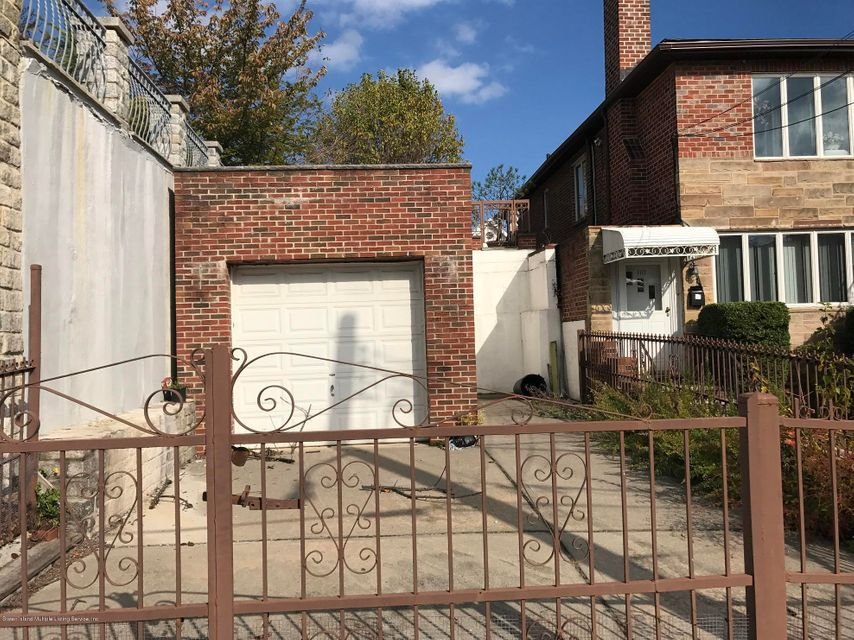 Additional photo for property listing at 8117 11 Avenue  Brooklyn, New York 11228 United States