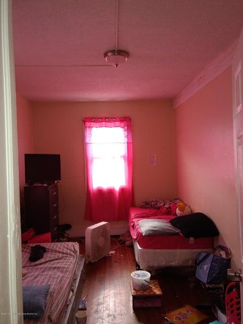 Additional photo for property listing at 141 Hendricks Avenue  Staten Island, New York 10301 United States