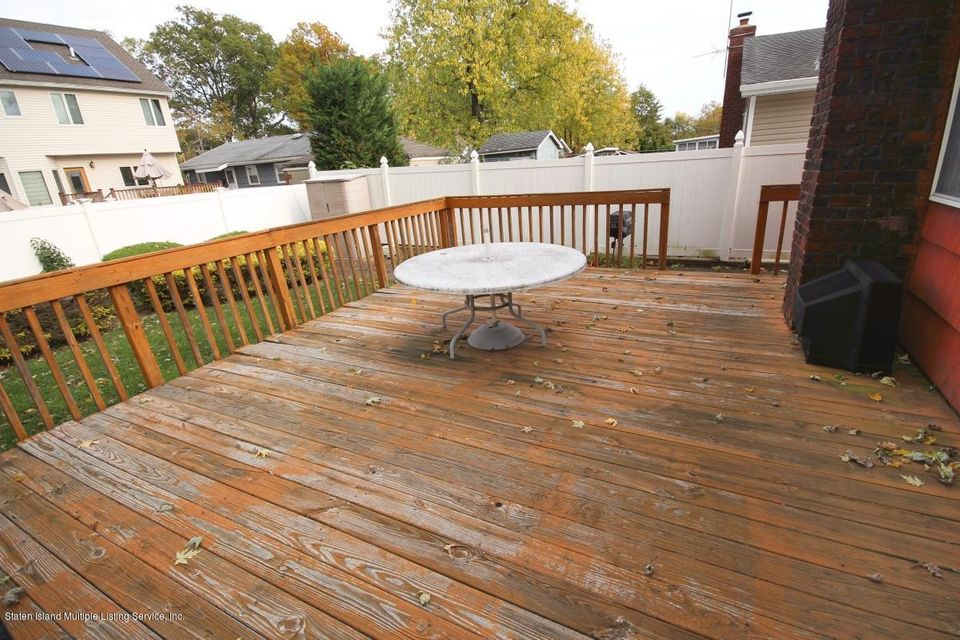 Additional photo for property listing at 69 Penn Avenue  Staten Island, New York 10306 United States