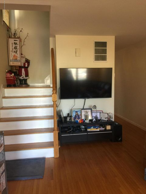 Additional photo for property listing at 3360 Victory Boulevard  Staten Island, New York 10314 United States