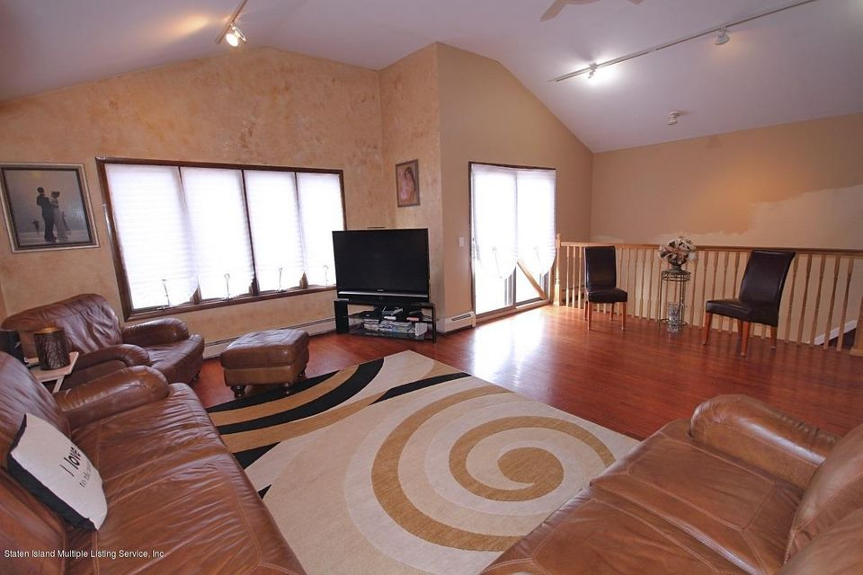Two Family - Detached 115 Whitman Avenue  Staten Island, NY 10308, MLS-1114845-5