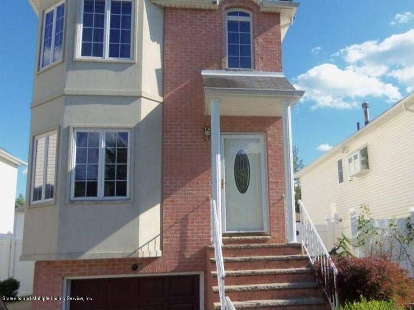 Single Family Home for Sale at 10 Memo Street Staten Island, New York 10309 United States