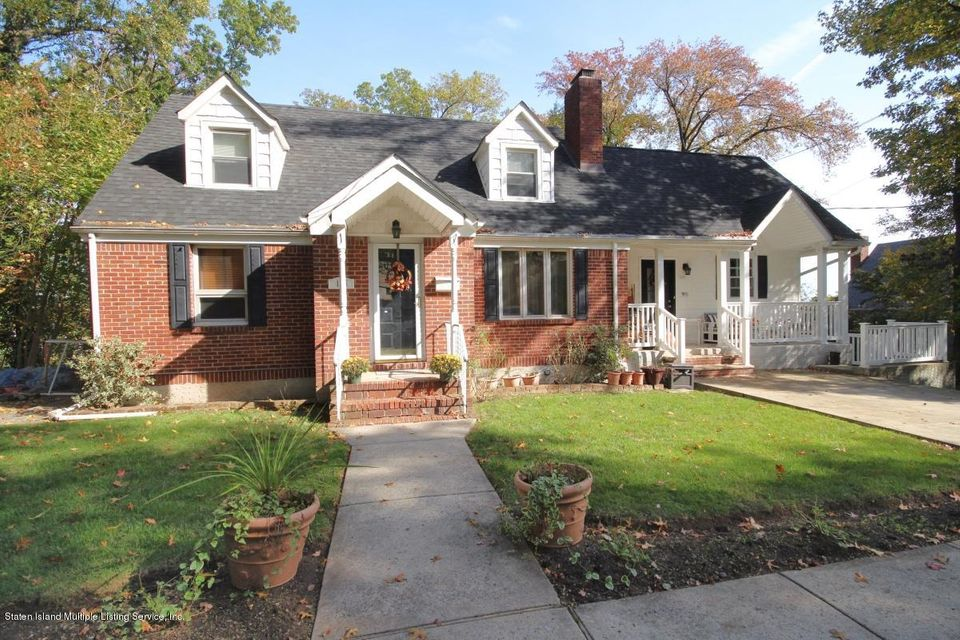 Single Family Home for Sale at 125 Meadow Avenue Staten Island, New York 10304 United States