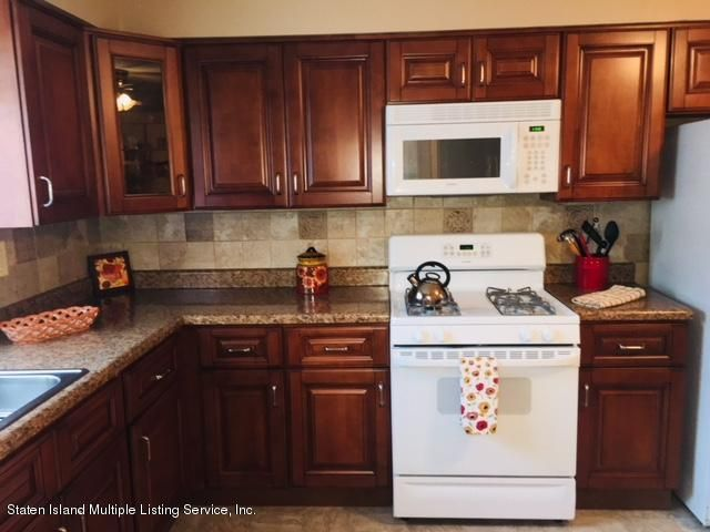 Additional photo for property listing at 118 Mobile Avenue  Staten Island, New York 10306 United States
