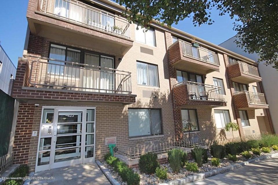 Condo in Bay Ridge - 423 95th Street #2b  Brooklyn, NY 11209