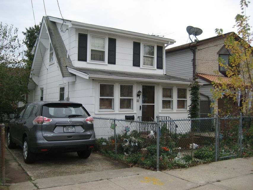 Additional photo for property listing at 332 Baden Place  Staten Island, New York 10306 United States