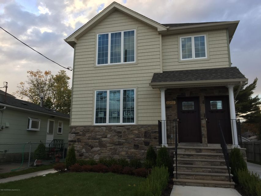 Single Family Home for Rent at 1251 Mason Avenue Staten Island, 10306 United States