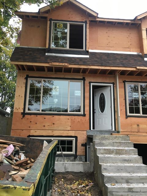 Single Family Home for Sale at 465 Oder Avenue Staten Island, New York 10304 United States