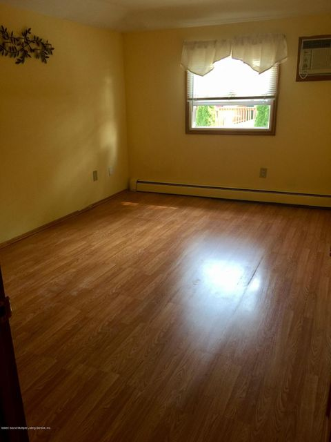 Additional photo for property listing at 357 Wooley Avenue  Staten Island, New York 10314 United States