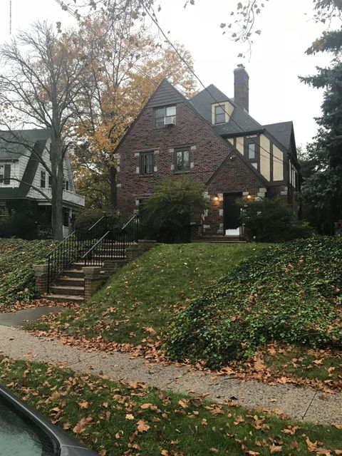 Additional photo for property listing at 78 Hart Blvd  Staten Island, New York 10301 United States
