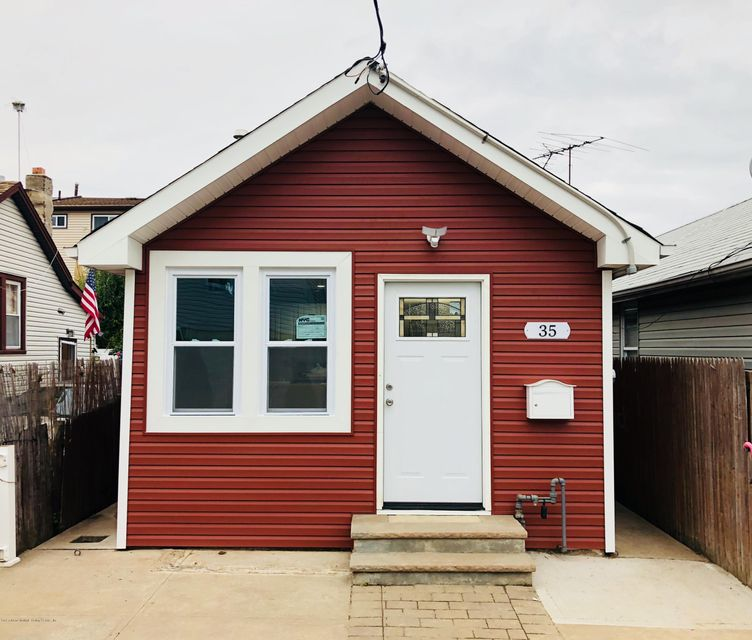 Single Family - Detached in New Dorp - 35 Milbank Road  Staten Island, NY 10306