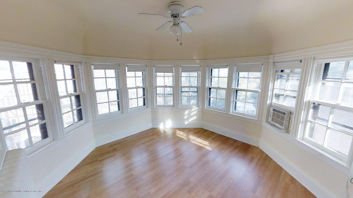Additional photo for property listing at 150 Daniel Low Terrace  Staten Island, New York 10301 United States