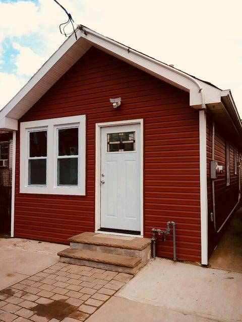 Single Family - Detached 35 Milbank Road  Staten Island, NY 10306, MLS-1114922-2