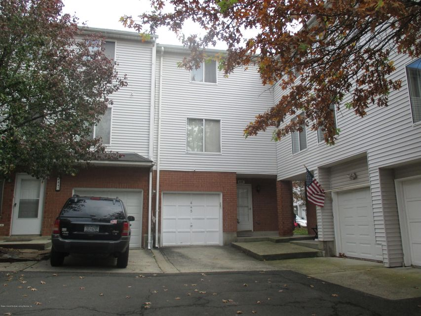 Single Family Home for Sale at 445 Ilyssa Way Staten Island, New York 10312 United States