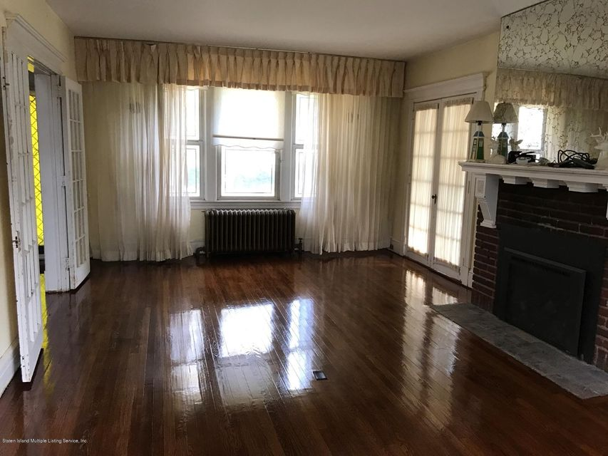 Single Family - Detached 36 Belmont Place  Staten Island, NY 10301, MLS-1111887-3