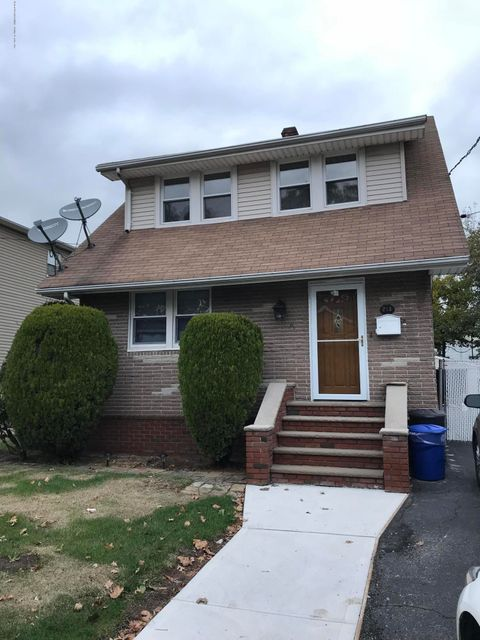 Single Family Home for Rent at 213 Jefferson Avenue Staten Island, New York 10306 United States