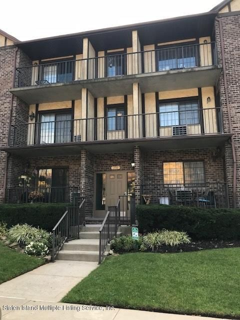 Single Family Home for Sale at 170 Devon Loop Staten Island, New York 10314 United States