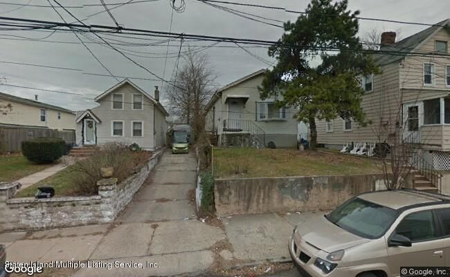 Single Family - Detached 140 Van Pelt Avenue  Staten Island, NY 10303, MLS-1114980-2