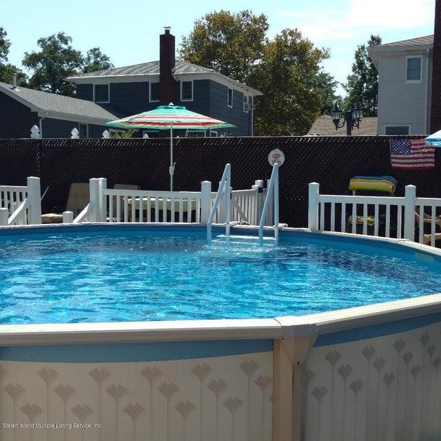 Single Family - Detached 212 Park Street  Staten Island, NY 10306, MLS-1114988-23