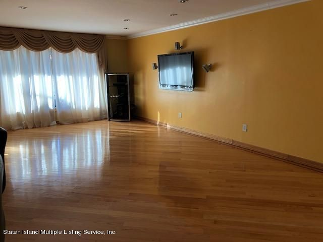 Single Family - Detached 95 Woodlawn Avenue  Staten Island, NY 10305, MLS-1114832-13