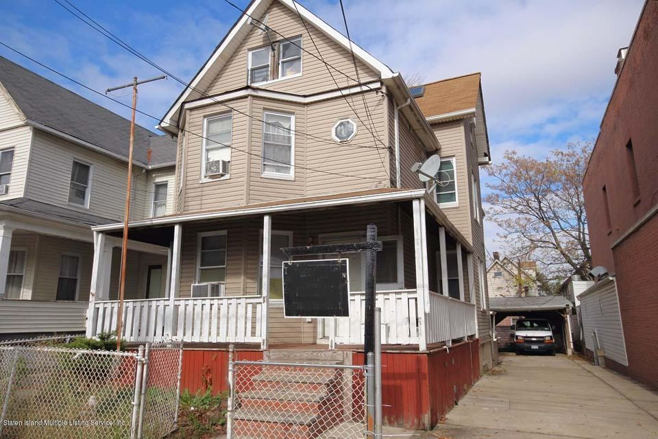 Single Family Home for Sale at 1577 Castleton Avenue Staten Island, New York 10302 United States