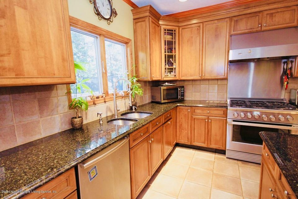 Single Family - Detached 429 Bertram Avenue  Staten Island, NY 10312, MLS-1115020-15