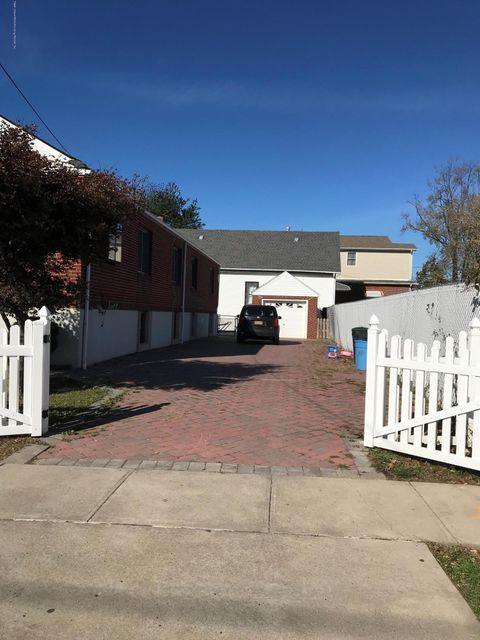 Single Family - Detached 187 Olympia Boulevard  Staten Island, NY 10305, MLS-1115023-2