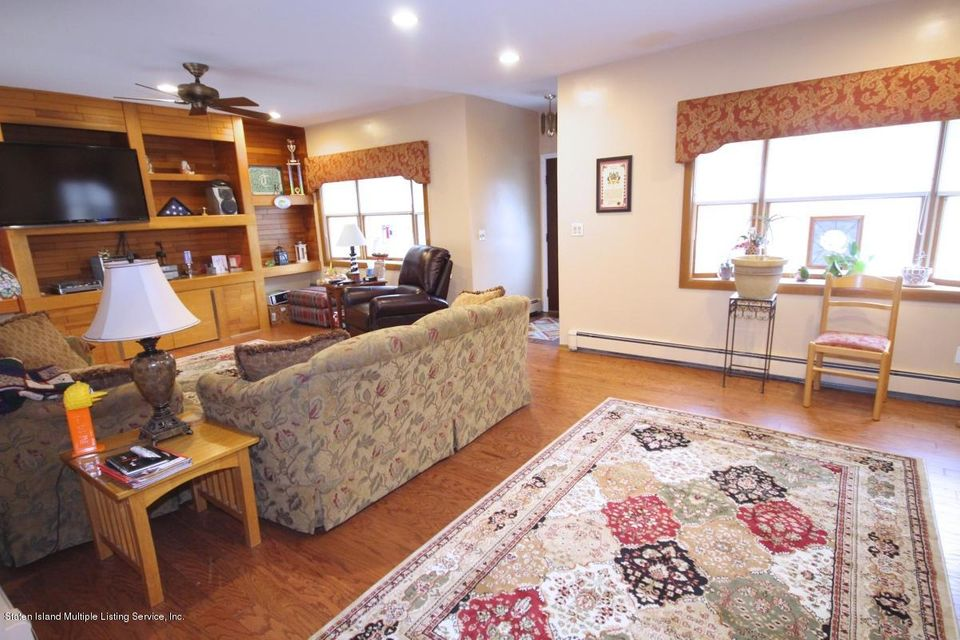 Single Family - Detached 27 Raymond Place   Staten Island, NY 10310, MLS-1111746-4